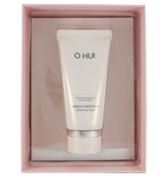 Ohui Miracle Moisture Cleansing Foam Set